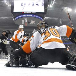 PITTSBURGH, PA - APRIL 13:  Ilya Bryzgalov #30 of the Philadelphia Flyers makes a save against the Pittsburgh Penguins in Game Two of the Eastern Conference Quarterfinals during the 2012 NHL Stanley Cup Playoffs at Consol Energy Center on April 13, 2012 in Pittsburgh, Pennsylvania.  The Flyers defeated the Penguins 7-5.  (Photo by Justin K. Aller/Getty Images)