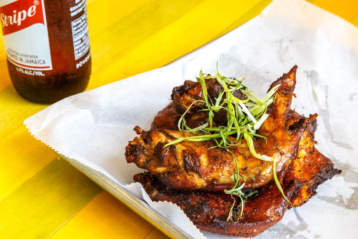 Glady's jerk fried wings