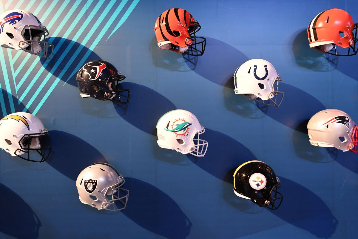 82cb5f3f0a37d4 NFL Power Rankings: All 32 NFL helmets from worst to first - Behind ...