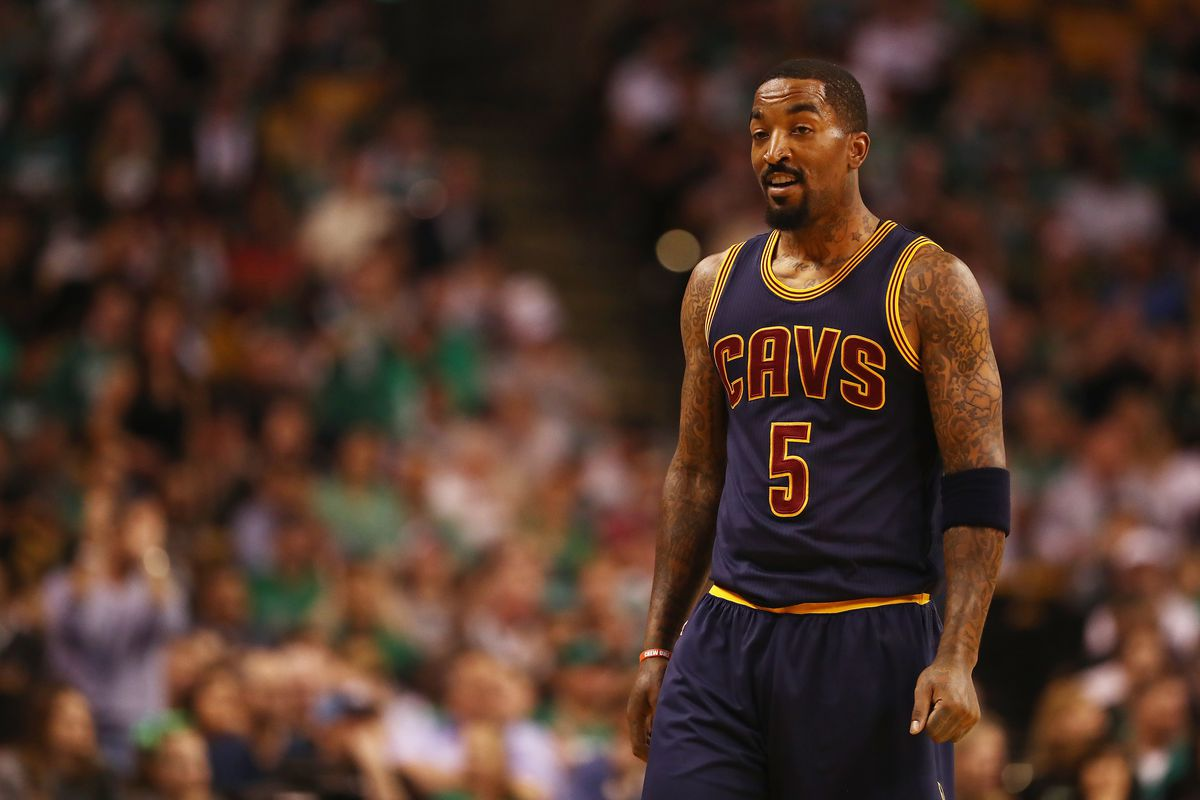 JR Smith discusses his standing toward Kyrie Irving