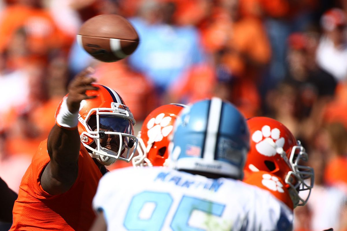 CLEMSON, SC - OCTOBER 22:  Tajh Boyd #10 of the Clemson Tigers throws a pass against the North Carolina Tar Heels during their game at Memorial Stadium on October 22, 2011 in Clemson, South Carolina.  (Photo by Scott Halleran/Getty Images)