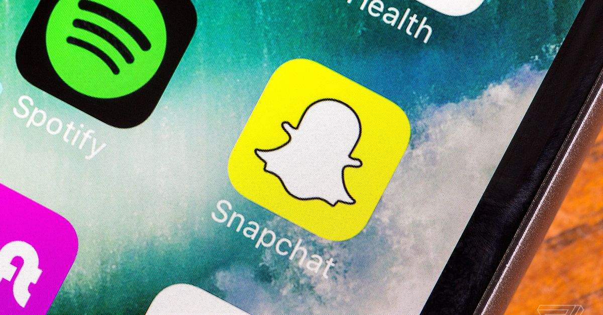 Snap responds to the 1.2 million petition signers who hate the redesign