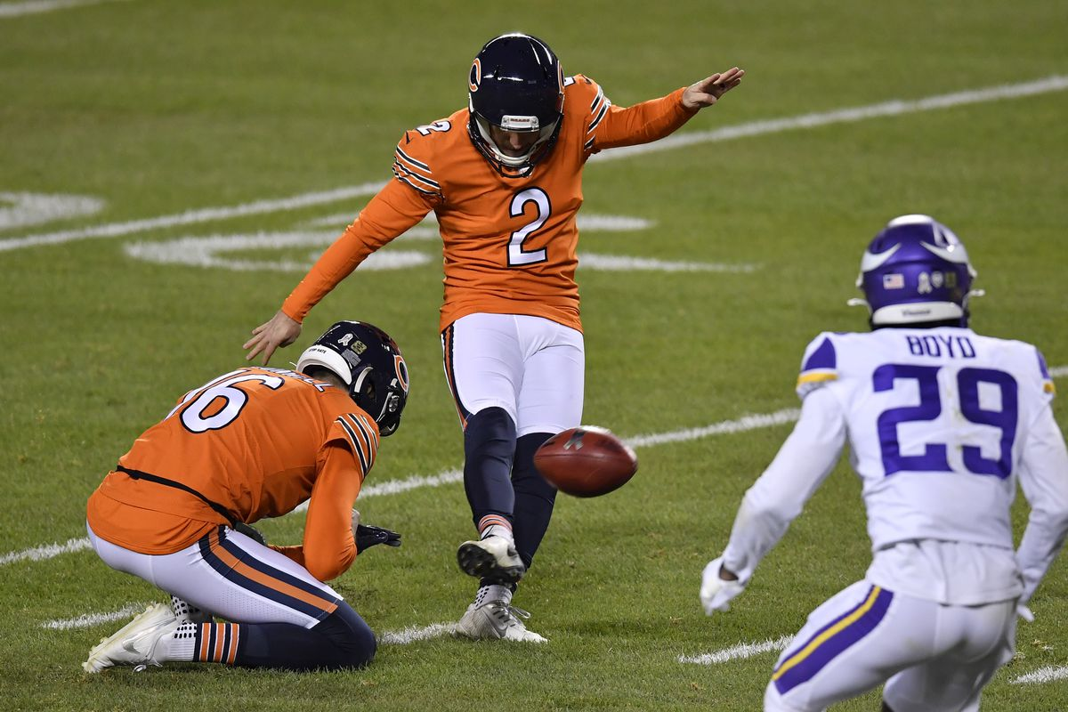 Chicago Bears kicker Cairo Santos (2) kicks a field goal in the first half against the Minnesota Vikings at Soldier Field.