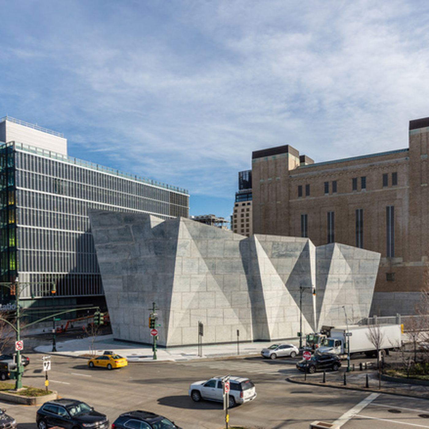 Nycs New Salt Shed Is A Functional Piece Of Architectural Eye Candy