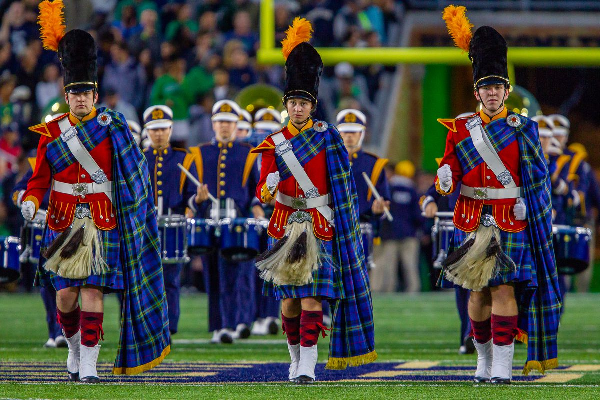 096d27cd8b48 Bagpipe Monday  How Big Is The Loss Of Alex Bars For The Notre Dame  Fighting Irish