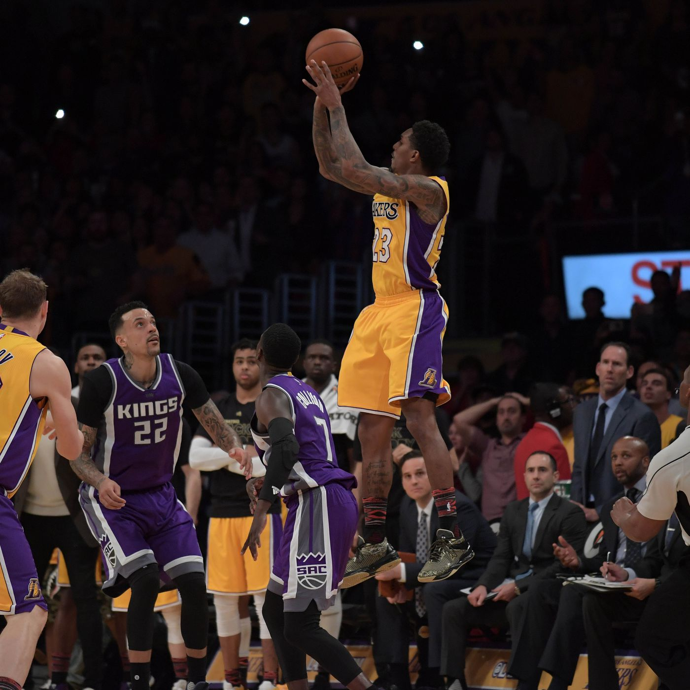 check out d48a6 d3fef Rockets acquire Lou Williams from Lakers - The Dream Shake