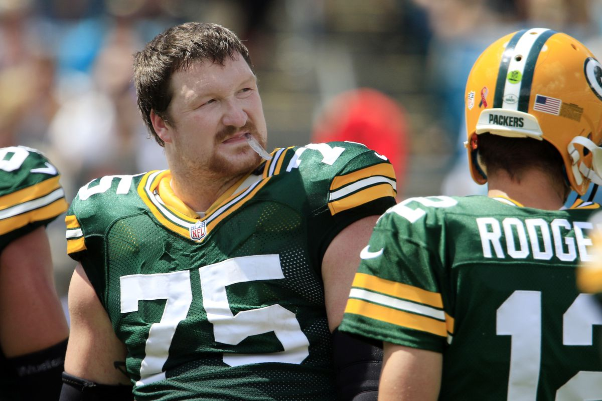 Packers tackle Bryan Bulaga dealing with sprained ankle will be