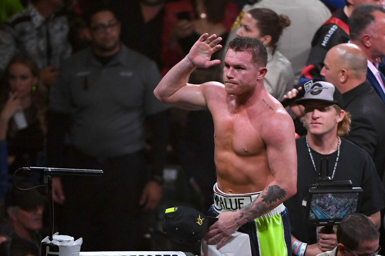 1185169685.jpg.0 - Canelo sweepstakes lives again as Saunders, Smith enter discussion