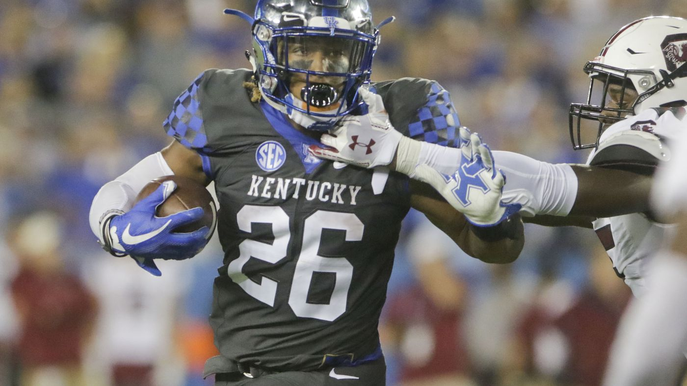 cheap for discount 94be1 d5f6c Kentucky being good at football is disorientating and really ...
