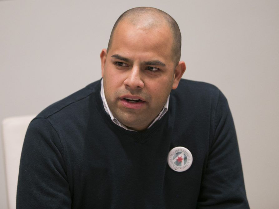 40th Ward aldermanic candidate Andre Vasquez addresses the Sun-Times Editorial Board in December. File Photo. | Rich Hein/Sun-Times