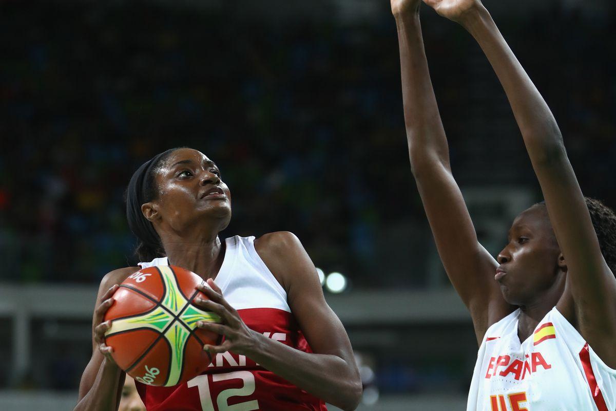 Basketball - Olympics: Day 11