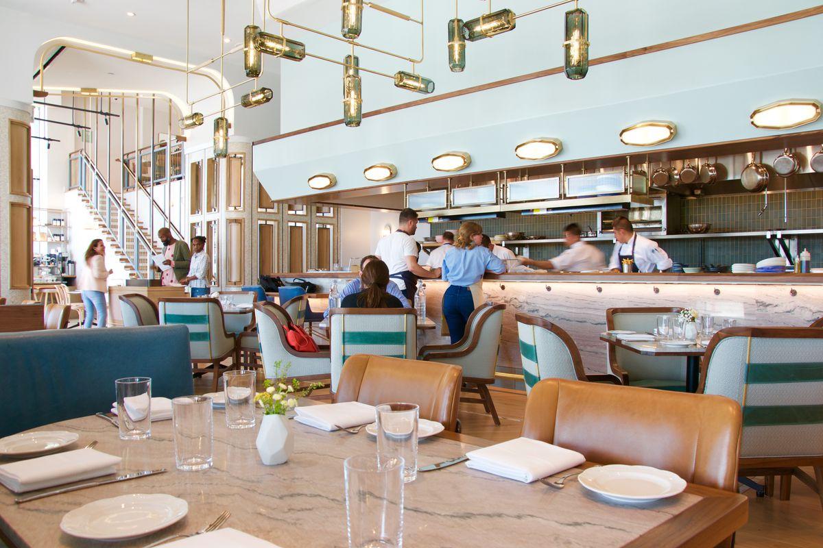 The critics face off on walnut street café eater philly