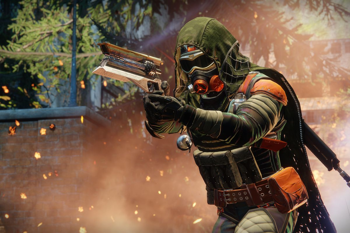A Hunter Takes Aim With Sunshot New Exotic Hand Cannon In Destiny 2
