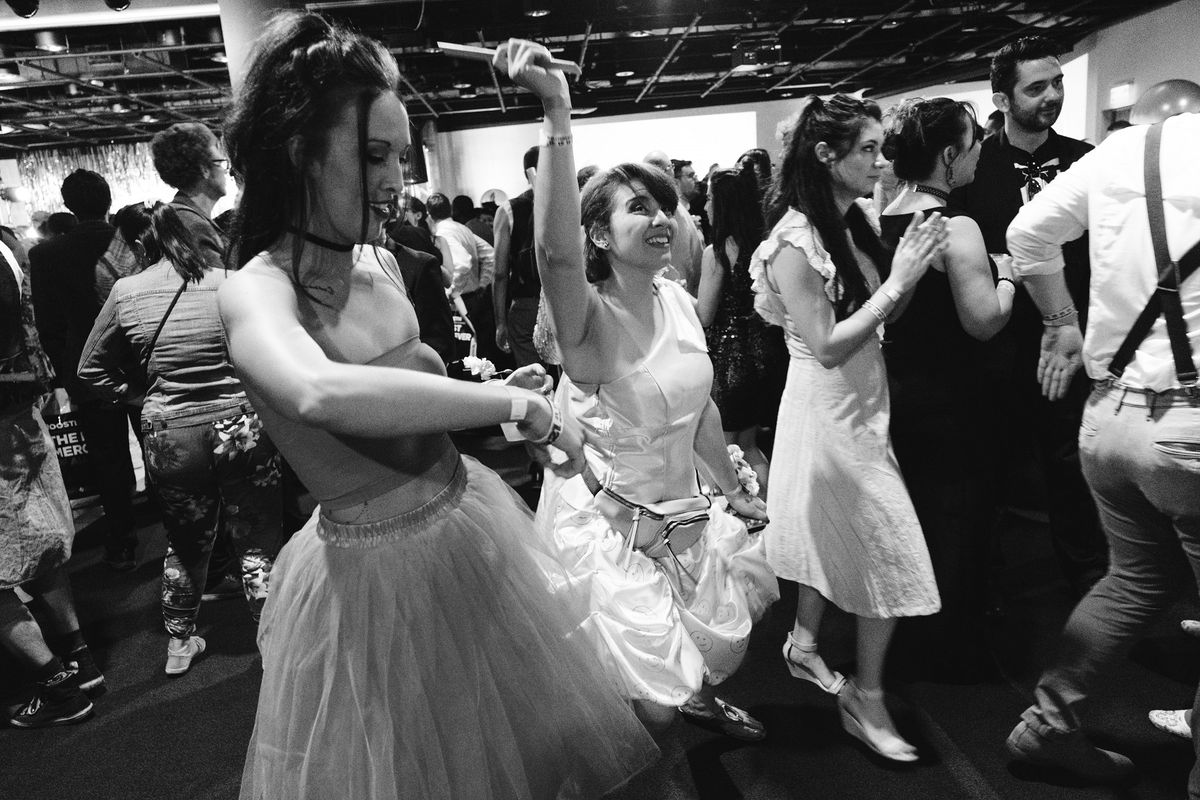 two women dancing at the Kinda Funny Prom