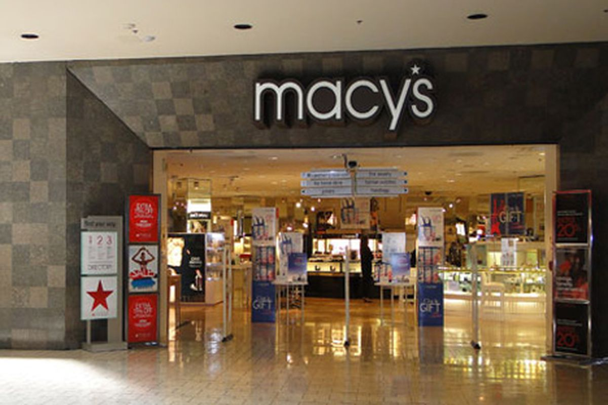 Image of pre-makeover Macy's via The Beverly Center