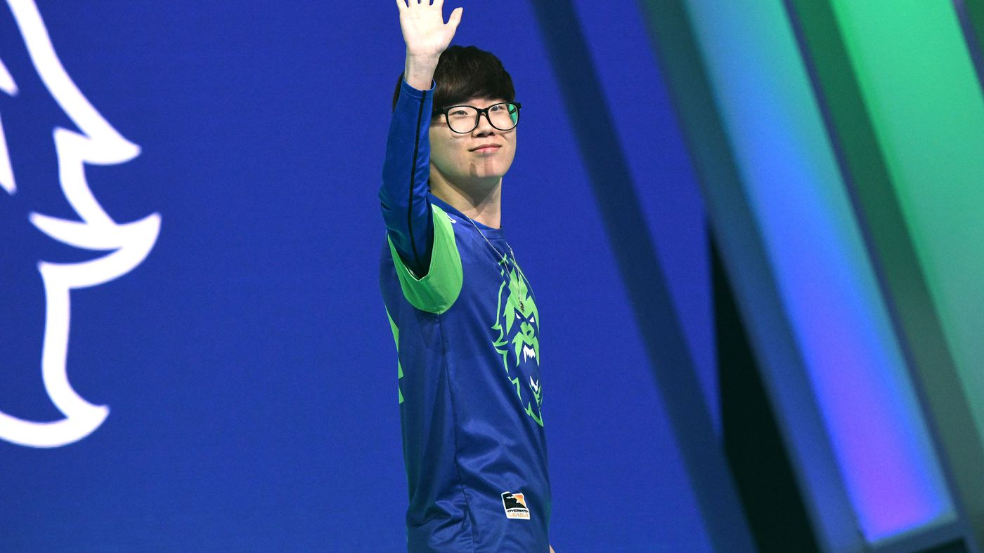 The Overwatch League's troubles continue as top team drops entire ...