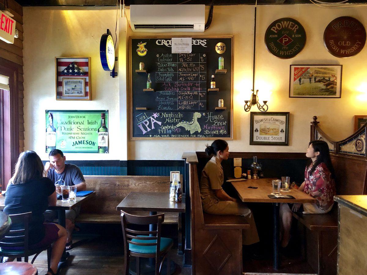 Galway Bay Irish restaurant and Pub in Annapolis