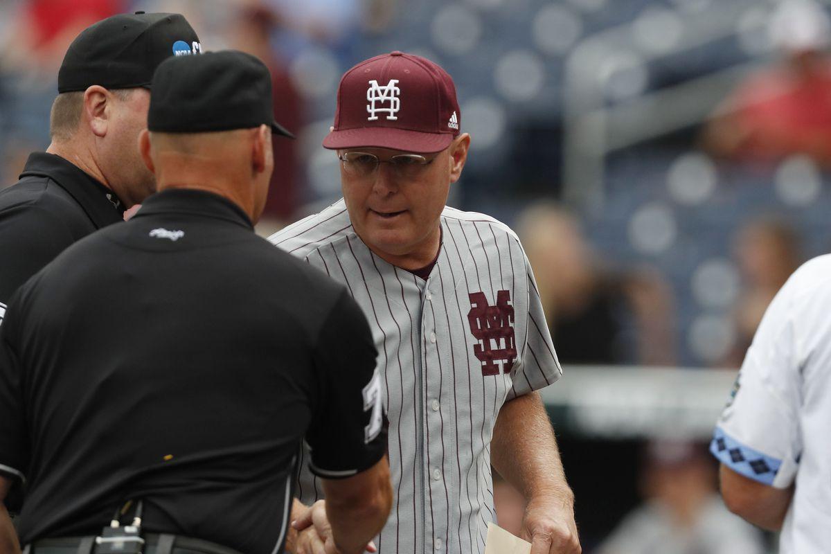 NCAA Baseball: College World Series-Mississippi State vs North Carolina