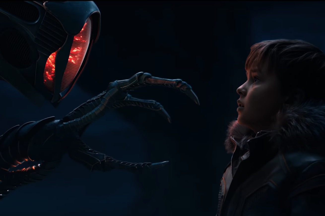 lost in space is coming back for a second season on netflix