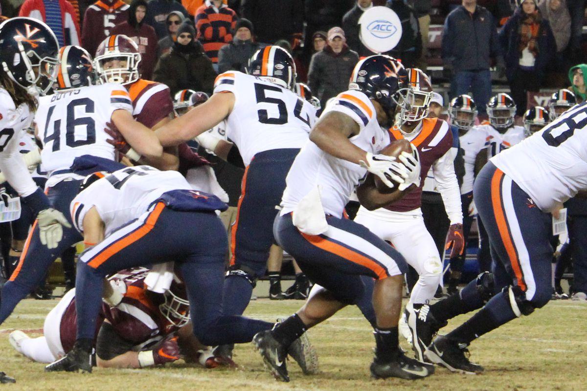 Virginia Tech Hokies Vs Cincinnati Bearcats Military Bowl