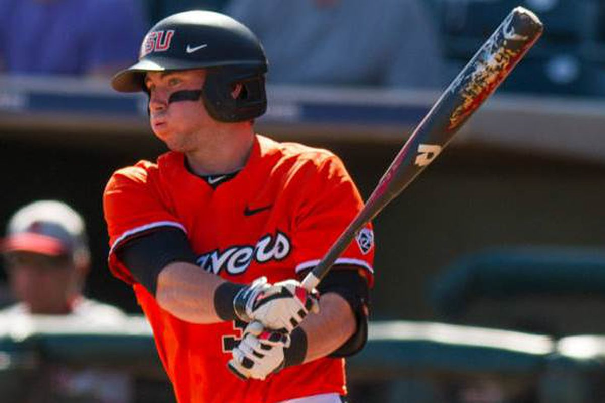 Logan Ice went 3 for 5 with 2 RBIs and a double to help lead Oregon St. to the win over Oklahoma St.