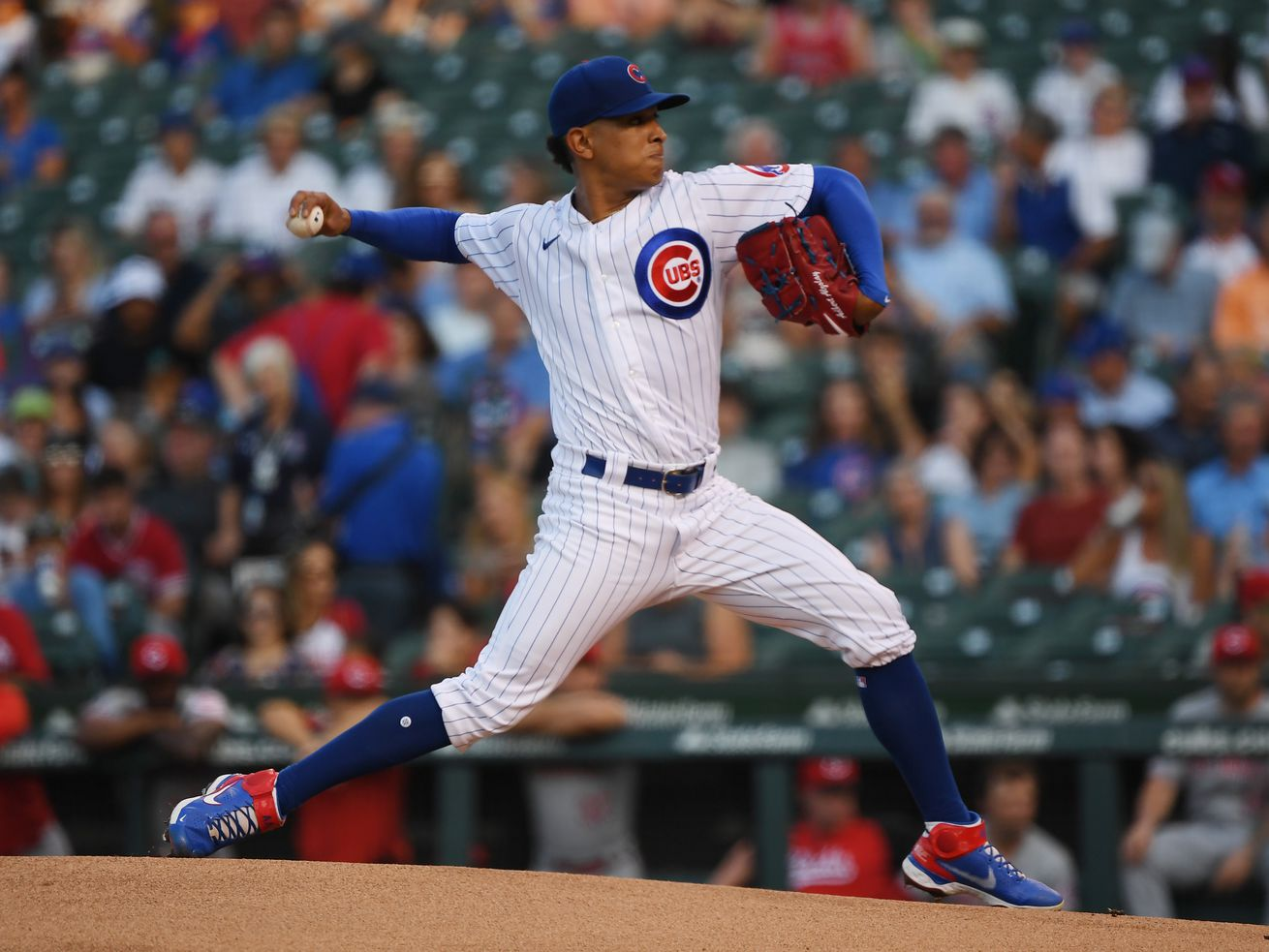 Lefties make it a long night for Adbert Alzolay as the Cubs fall to the Reds