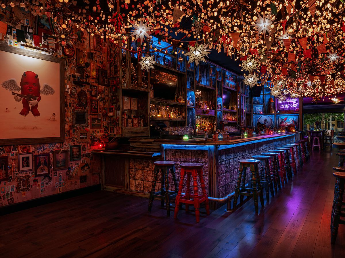 A bar with hundreds of lights overhead