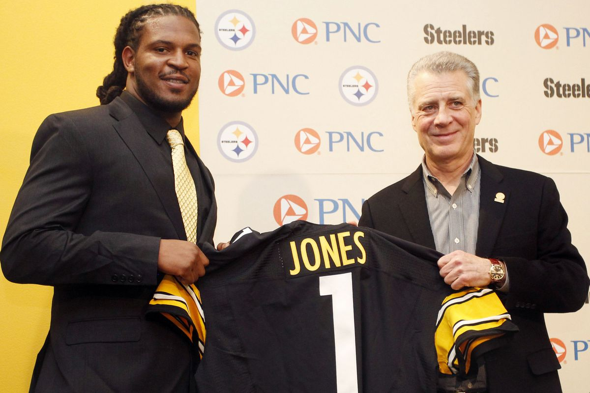 What does the Steelers unusually activity in free agency say about their draft plans...?