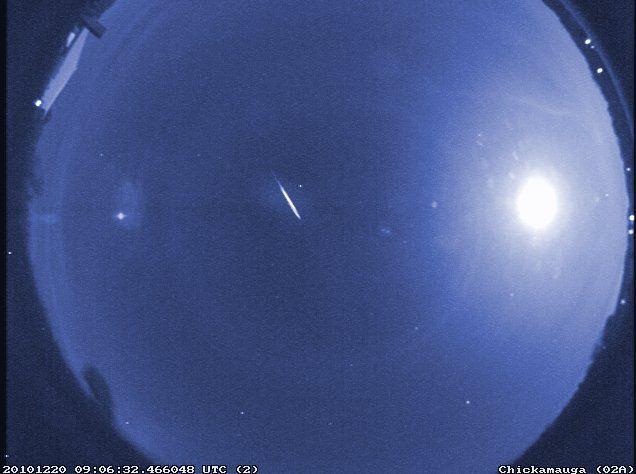 False-color image of a rare early Quadrantid, captured by a NASA meteor camera in 2010. (NASA/MEO/B. Cooke)