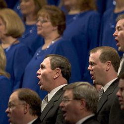 Members of the Mormon Tabernacle Choir sing during the inauguration ceremony for Jon M. Huntsman, Jr. swearing him in as the 16th Governor of Utah at Abravanel Hall Monday, January 3, 2005.  Photo by Jason Olson (Submission date: 01/03/2005)