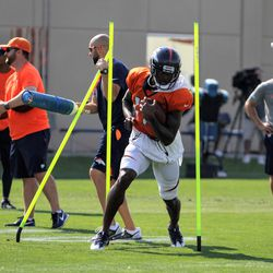 Broncos rookie WR DaeSean Hamilton works through many obstacles during drills.