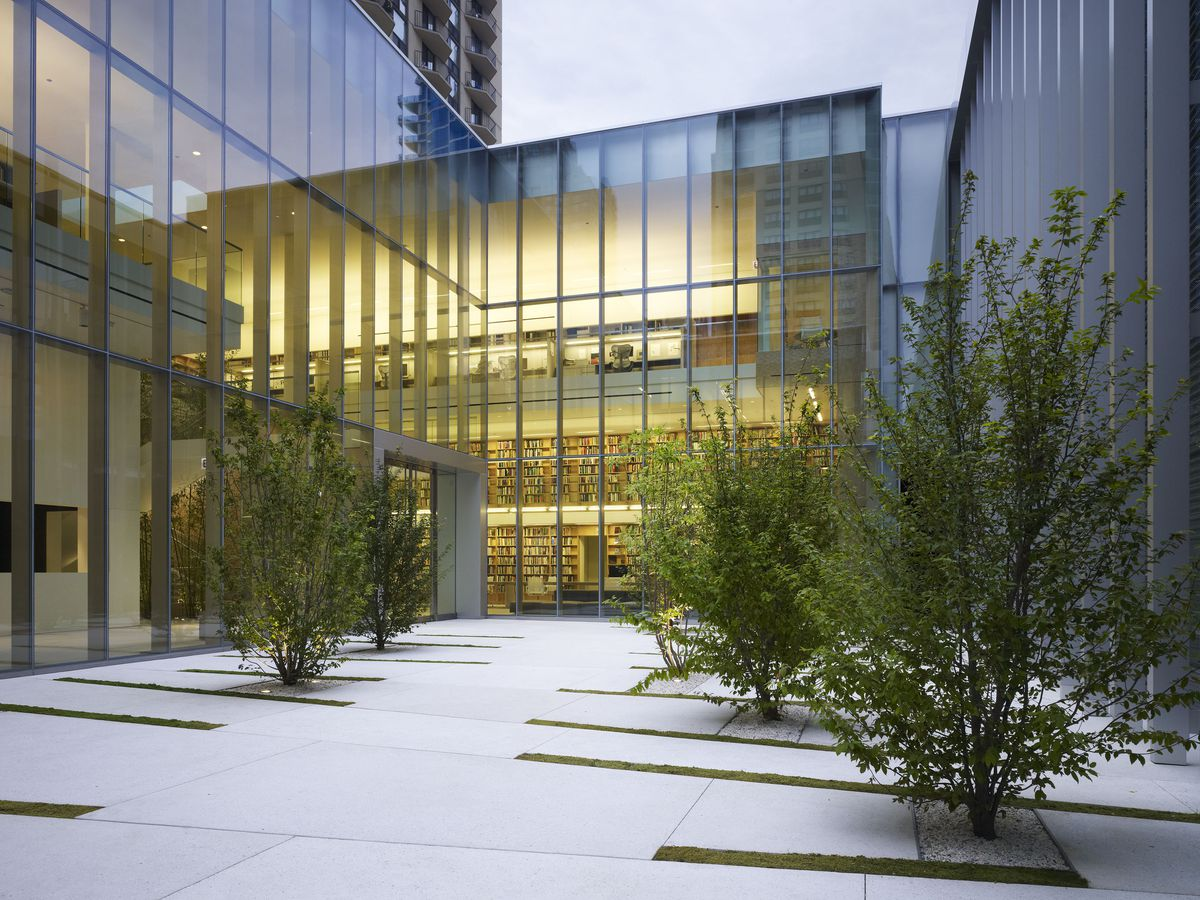 The courtyard of the Poetry Foundation at 61 W. Superior. (Photo: Courtesy of the Poetry Foundation)