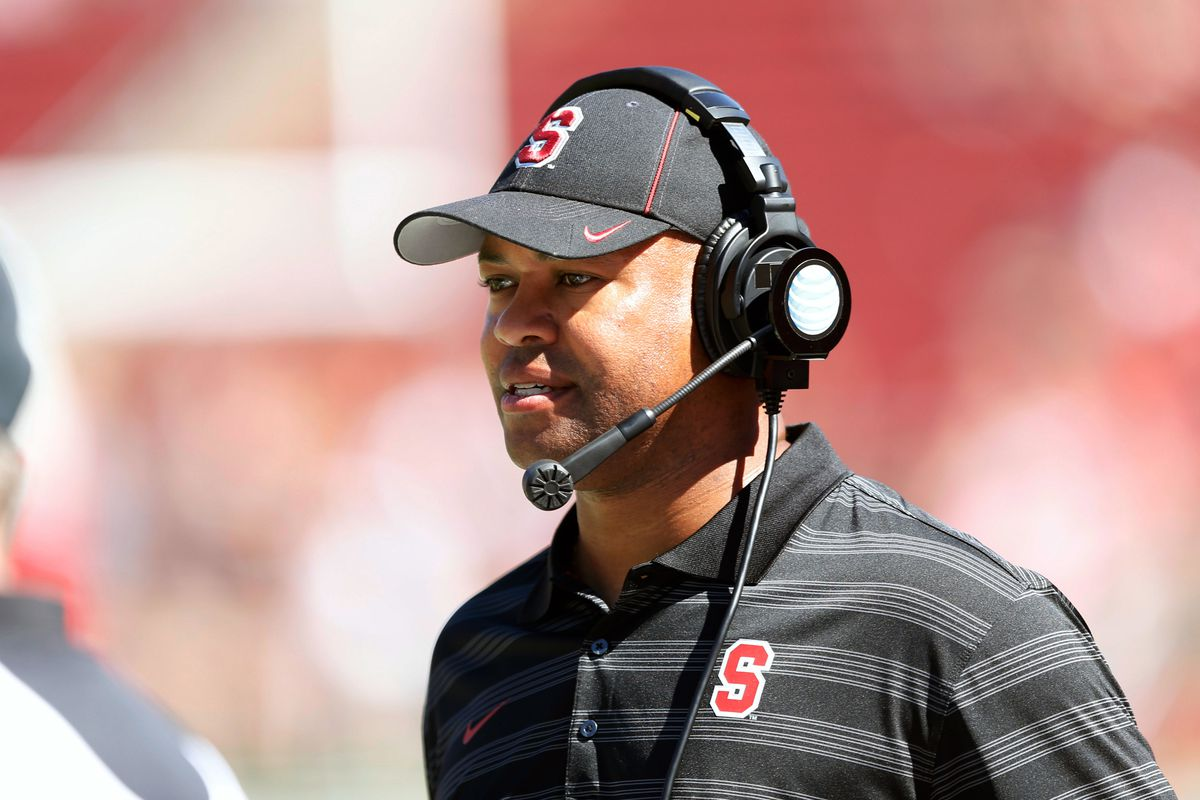 David Shaw leads Stanford's power offense into an early season matchup with USC