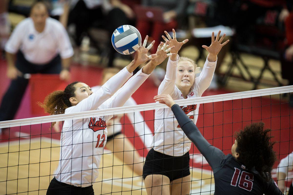 NCAA VOLLEYBALL: DEC 02 Div I Women's Championship Second Round - Washington State v Nebraska