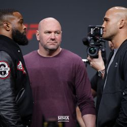 Tyron Woodley and Robbie Lawler square off.
