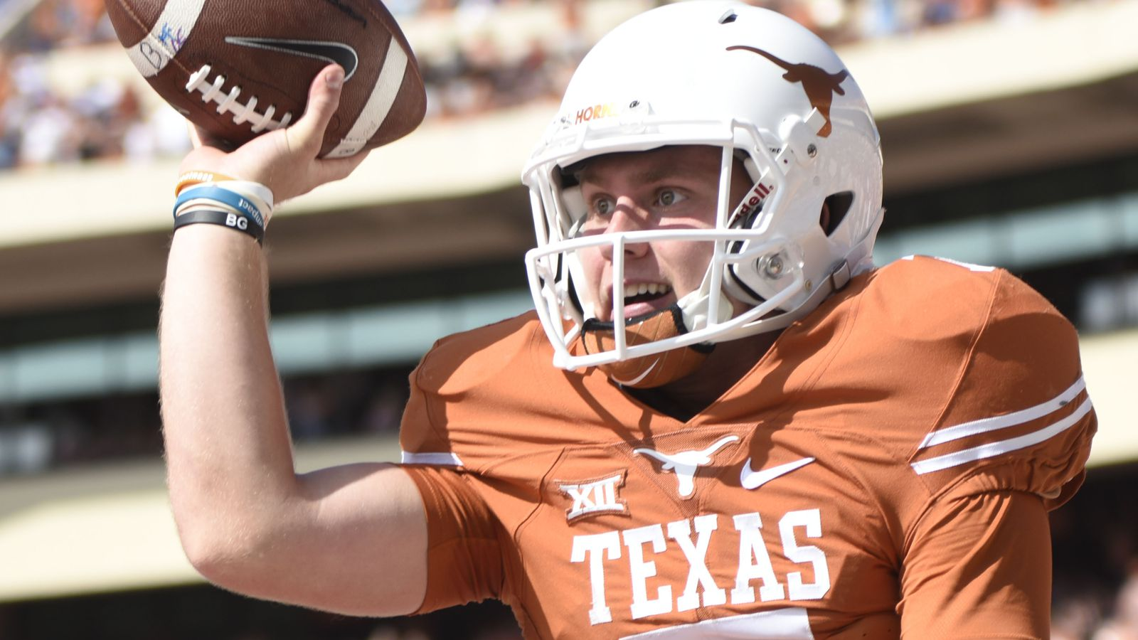 Projecting the 2017 Texas depth chart.