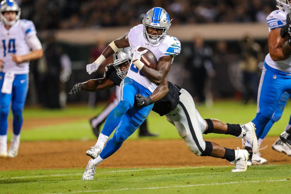 NFL: Detroit Lions at Oakland Raiders