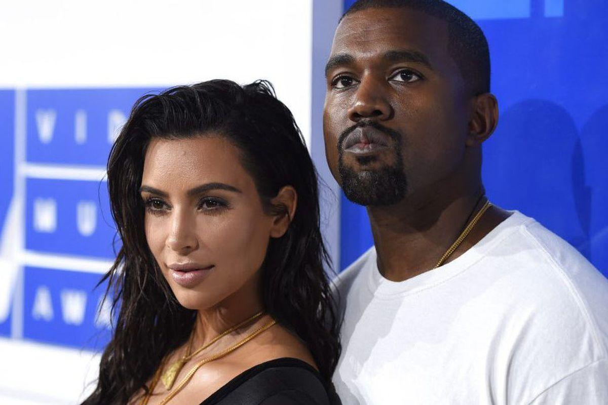 Kim Kardashian, Kanye West name daughter Chicago - Chicago