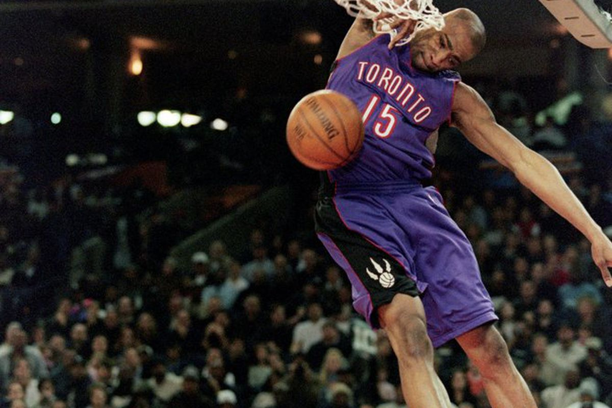 Vince Carter is one of the greatest dunk contest contestants of all time. We asked him a few questions about this year's exciting young dunker, Blake Griffin. (Photo by Jed Jacobsohn, Getty Images)