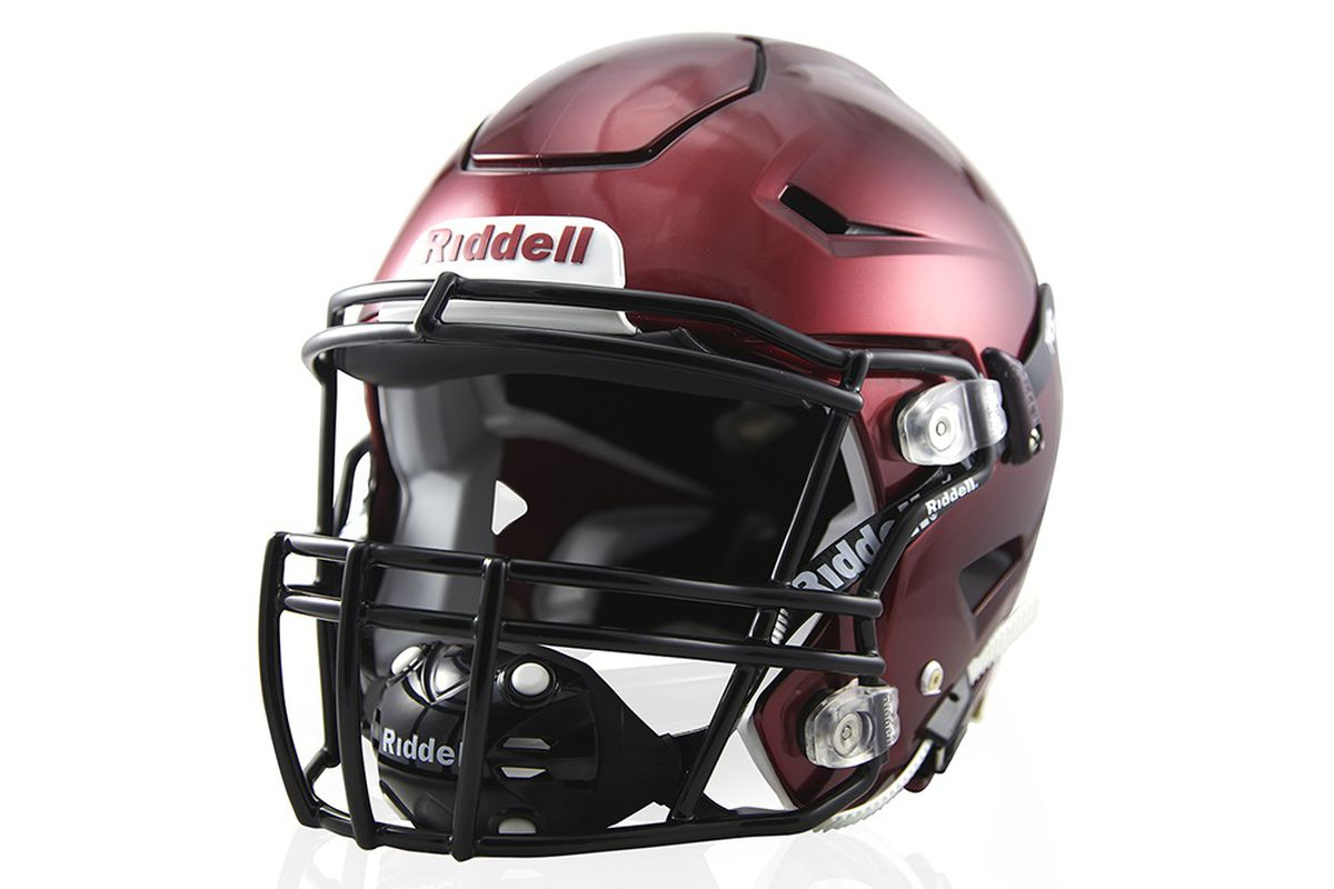 6114f6289 New Riddell SpeedFlex football helmet pits technology vs. concussions
