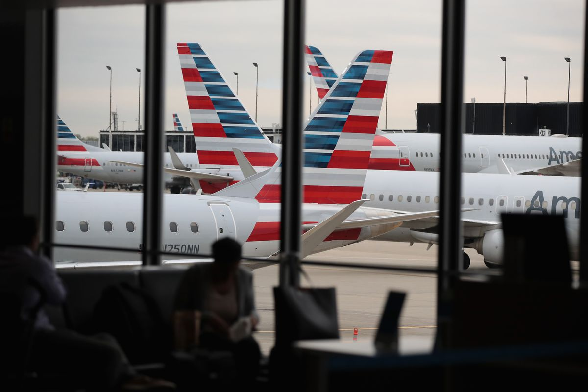 American Airlines CEO Doug Parker And Chicago Mayor Rahm Emanuel Hold Event Celebrating Opening Of New Gates At O'Hare Airport