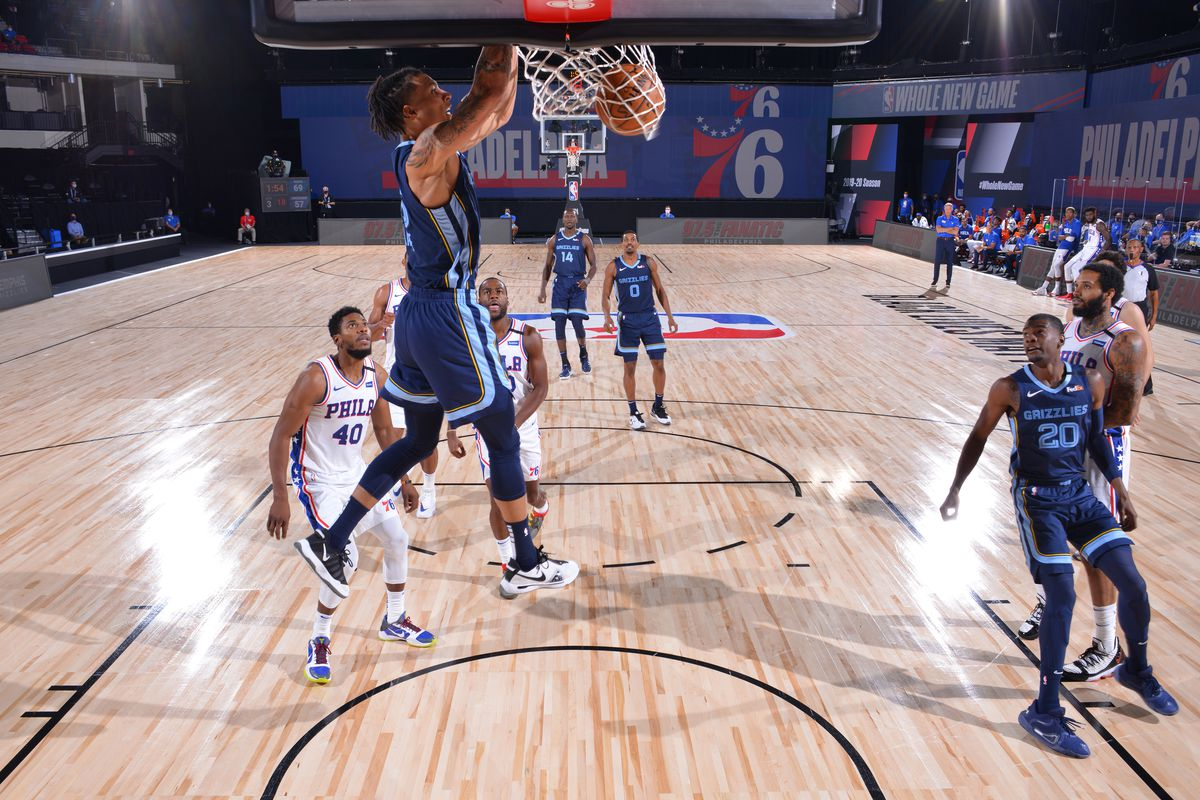 Grizzlies Fall To 76ers In Opening Scrimmage 90 83 Grizzly Bear Blues