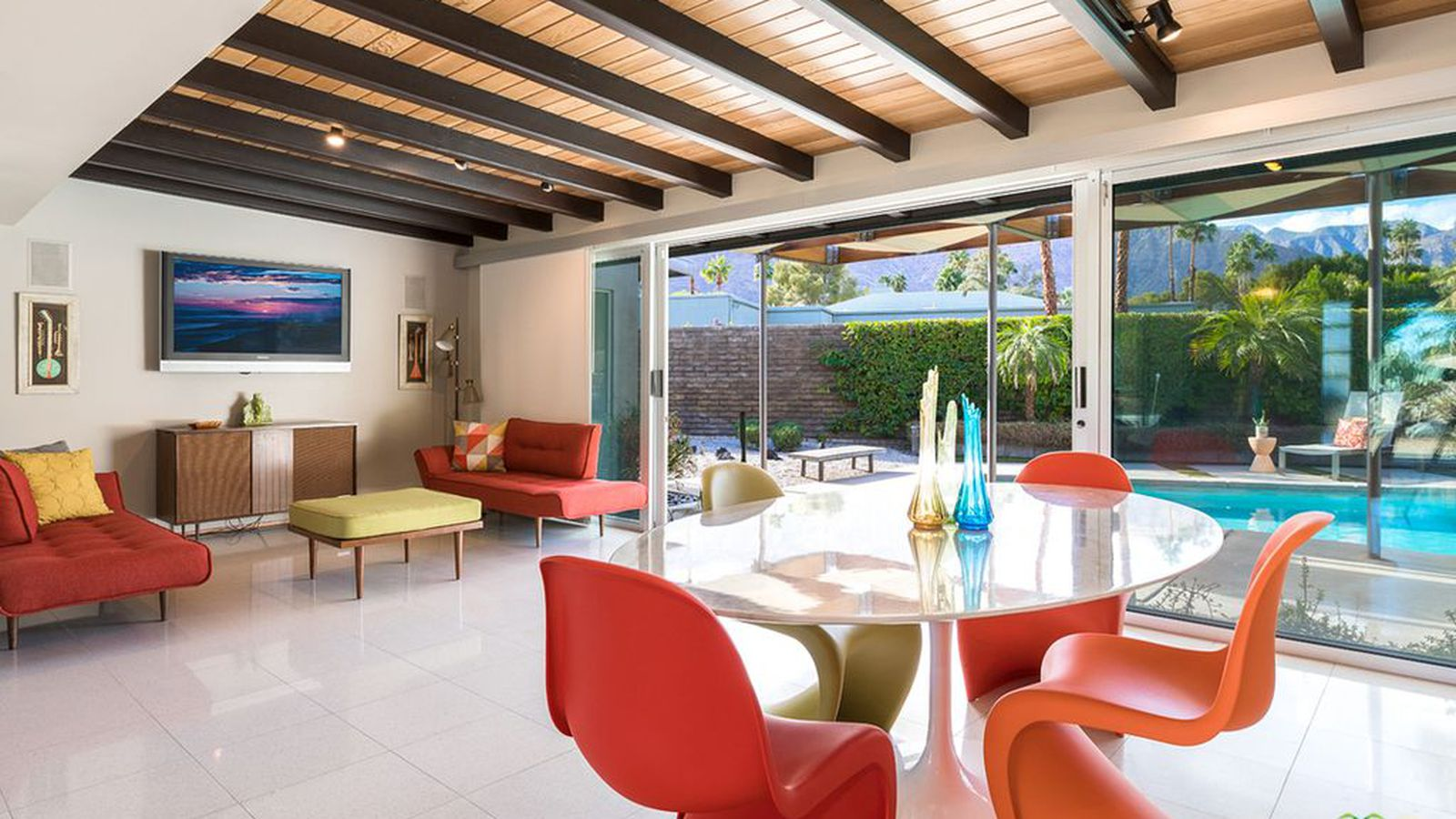 Dreamy palm springs midcentury with excellent landscaping for Palm springs mid century modern homes for sale