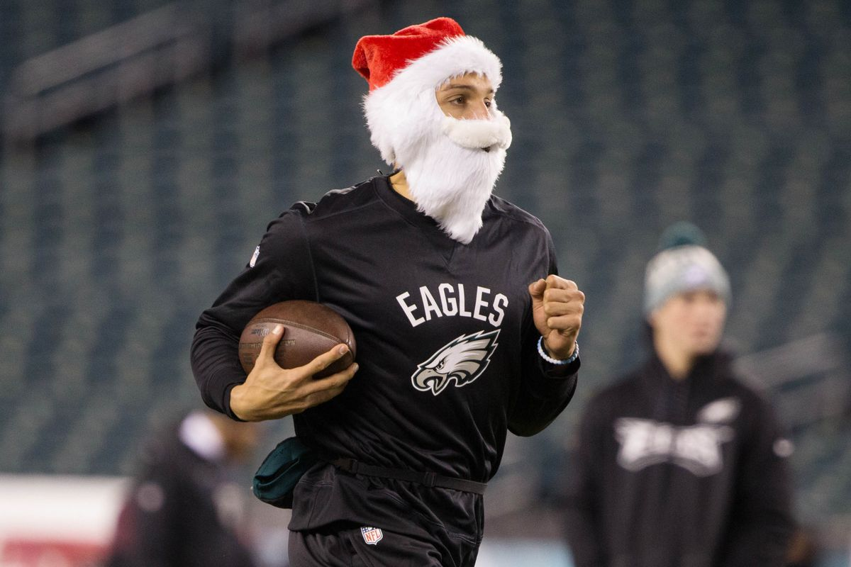 12 terrible Eagles gifts for the holidays - Bleeding Green Nation 100a16a5f