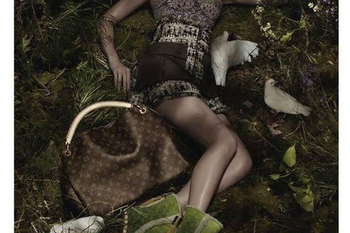 """Lara Stone for Vuitton spring 2010, via <a href=""""http://models.com/oftheminute/?p=15142"""">Models.com</a>"""