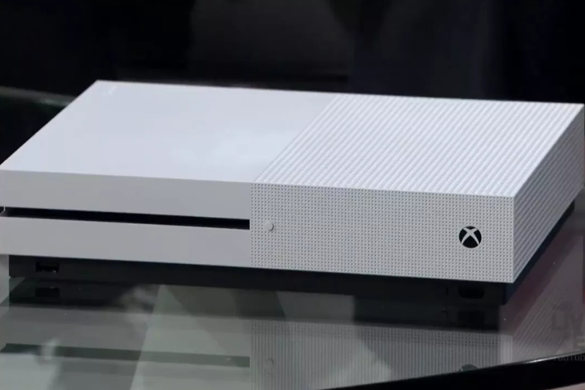 xbox one s 500 gb and 1 tb models go on sale in august polygon