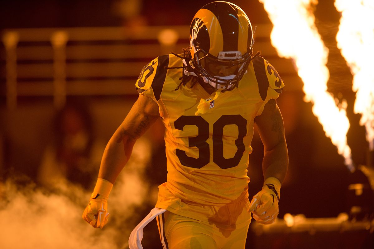 03fa4137e43 The Rams' Color Rush uniforms are actually good - SBNation.com