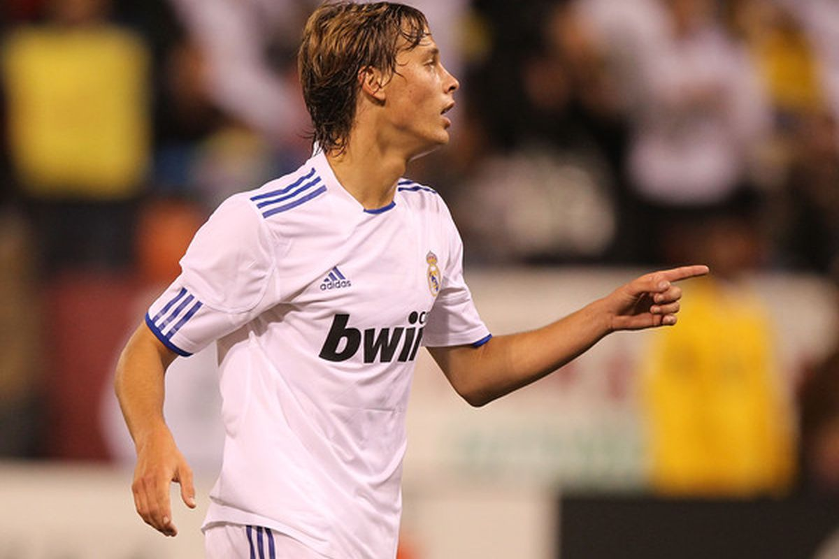 SAN FRANCISCO - AUGUST 04:  Sergio Canales #16 of Real Madrid celebrates after scoring against Club America of Mexico during a pre-season game at Candlestick Park on August 4 2010 in San Francisco California.  (Photo by Jed Jacobsohn/Getty Images)