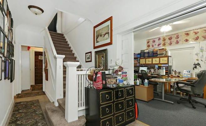 Entry with staircase