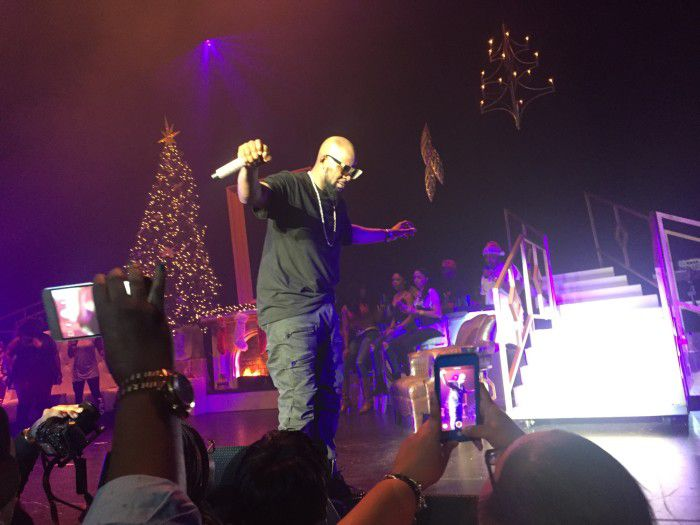 R Kelly at the Kings Theater